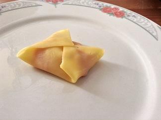 kaas met rode paprika en walnoot