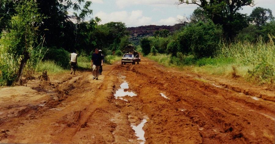 Bijzonder veel modder onderweg en dus veel uitstappen en veel lopen